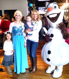 Olaf Elsa & mom & daughters